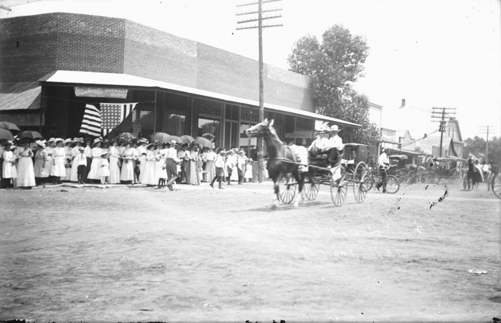 Photograph of the Fourth of July parade, Mount Hope, Kansas, 1898