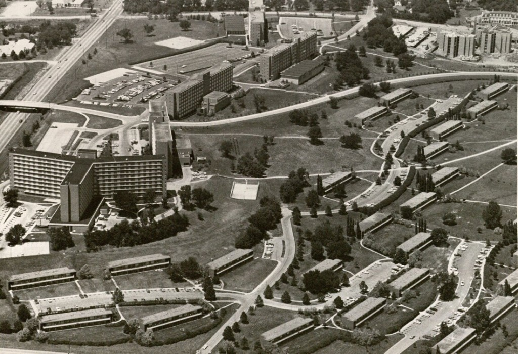 Aerial view of Daisy Hill, 1968