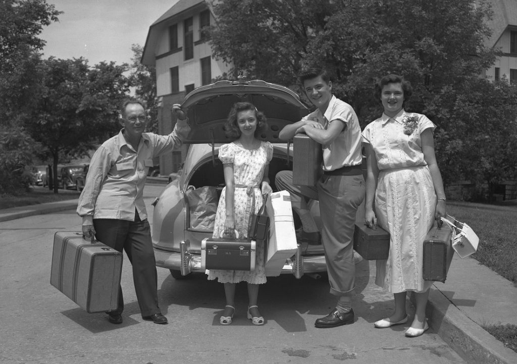 Photograph of a car packed with luggage, 1940s
