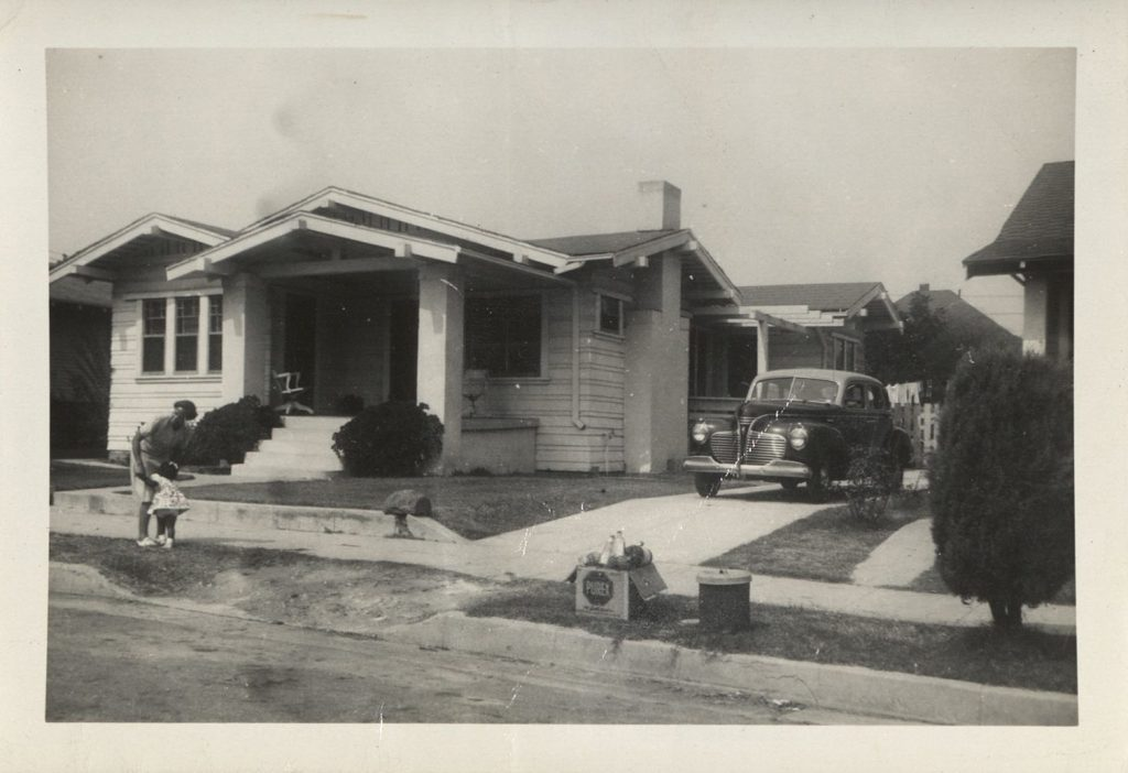 Photograph of the The Scott family home in Los Angeles, 1950