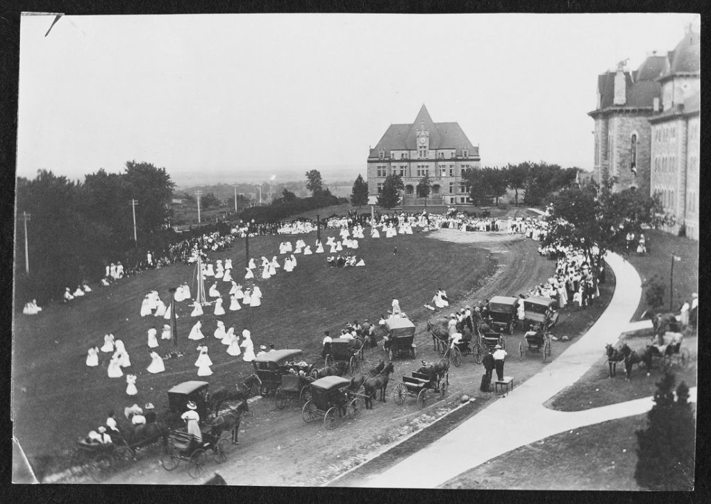 Photograph of people gathered for the May Day Fete, 1908