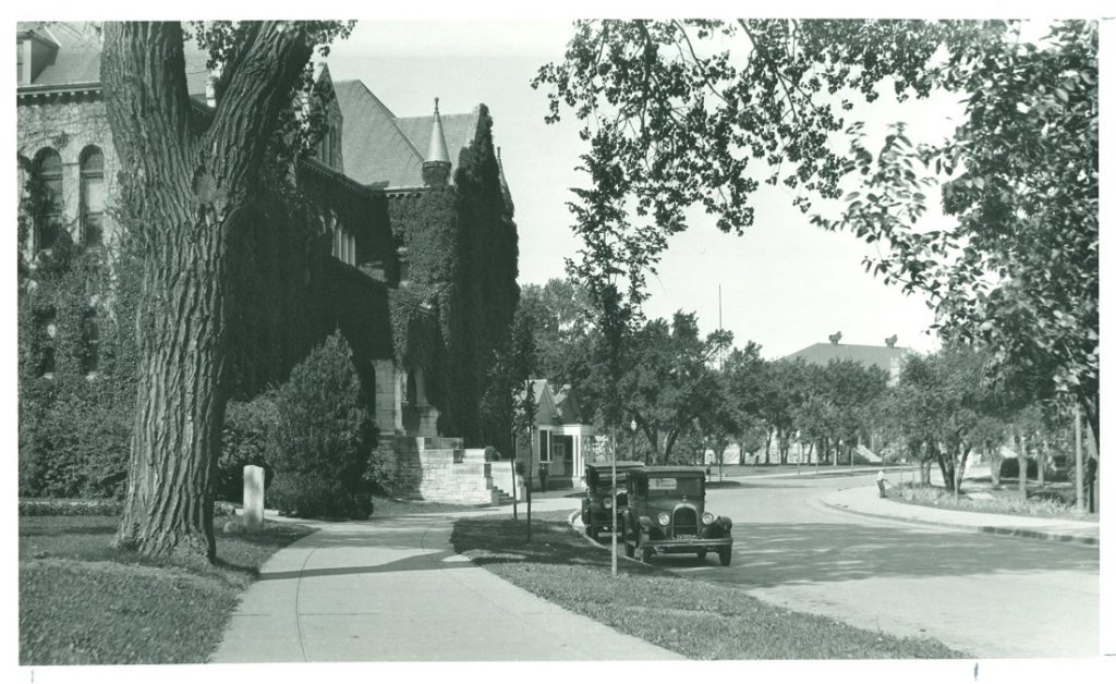 Photograph of Jayhawk Boulevard, 1920s