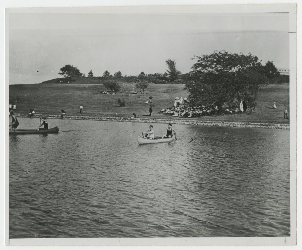Photograph of boat races at Potter Lake, 1911