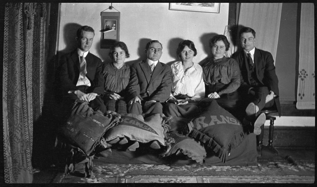 A portrait of a group of KU students, 1912-1913