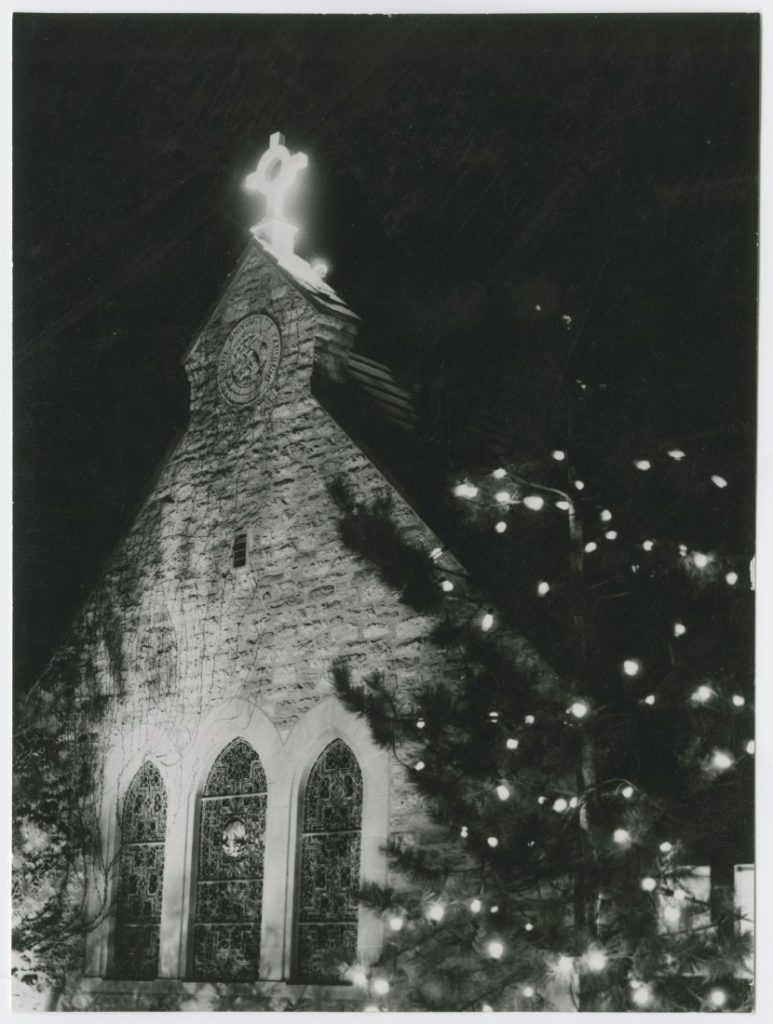 Photograph of KU's Danforth Chapel during Christmas, 1950s