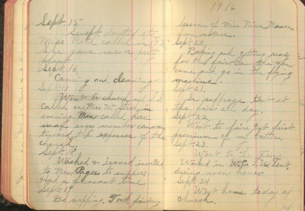 Photograph of the entries in Lillian North's diary from September 21 and 22, 1916.